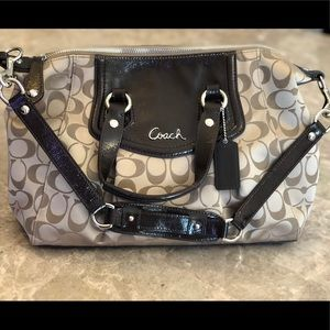 Coach Purse never used!!!